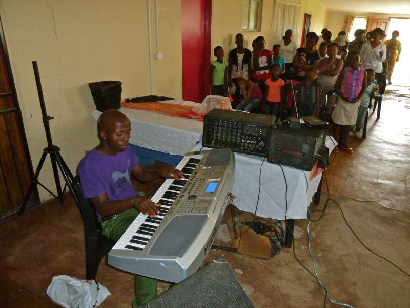 De muziek is een onmisbaar onderdeel van de eredienst.