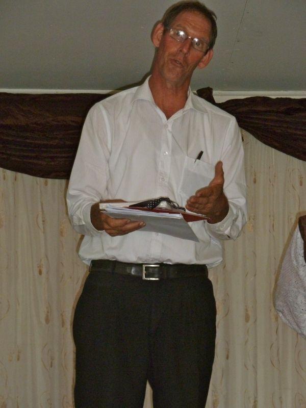 Sietse vertelt over de vele felicitaties welke de gemeente mocht ontvangen.