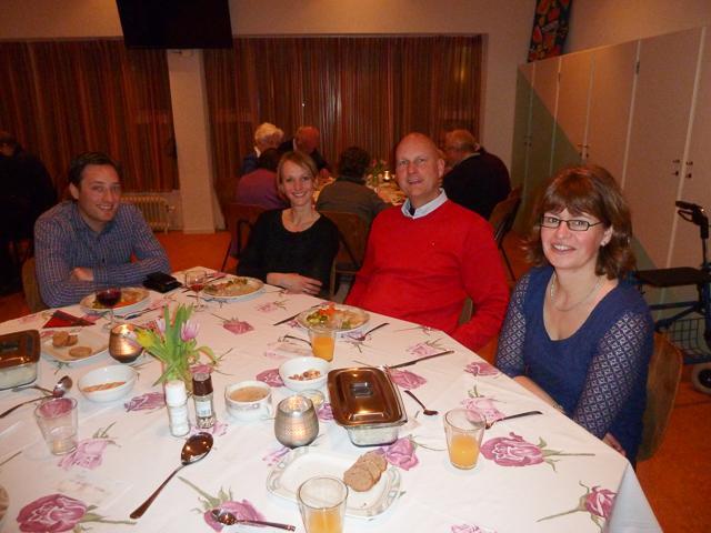 De komende en gaande commissieleden uit Haarlem