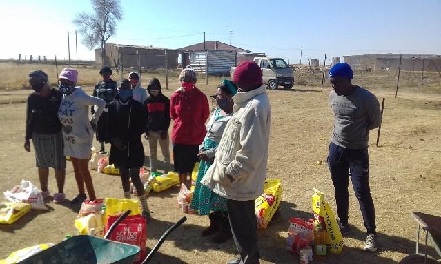 uitdeling voedselpakketten
